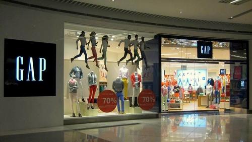 Gap store Suntec City Singapore.