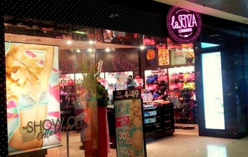 La Senza lingerie shop at ION Orchard shopping centre in Singapore.
