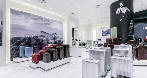 rimowa stores in singapore shopsinsg. Black Bedroom Furniture Sets. Home Design Ideas