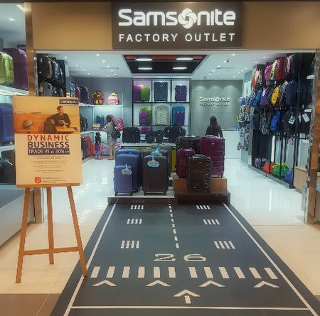 Samsonite Factory Outlet IMM Singapore.