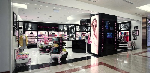 Victoria's Secret Beauty & Accessories shop at Resorts World Sentosa in Singapore.