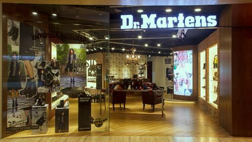 Dr. Martens shoe store Capitol Piazza Singapore. 5fdf955864f5