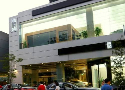 Rolls-Royce Motor Cars car dealership Singapore.
