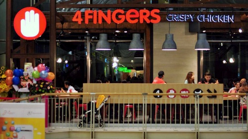 4FINGERS Crispy Chicken restaurant Singapore.