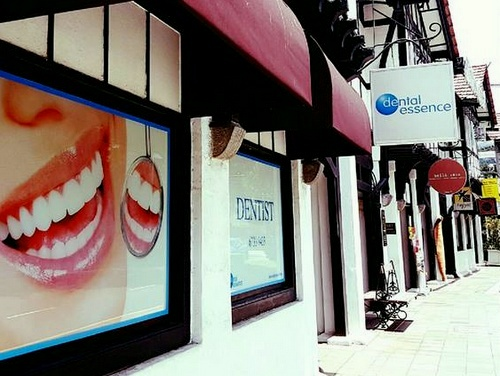 Dental Essence clinic Tudor Court Singapore.