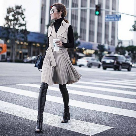 Karen Millen trench coat dress.