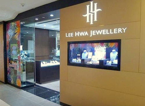 Lee Hwa Jewellery store Junction 8 Singapore.