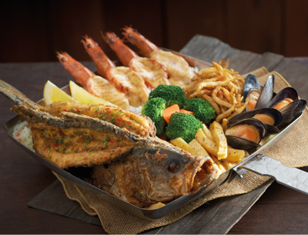 The Manhattan FISH MARKET Fisherman's Platter meal Singapore.