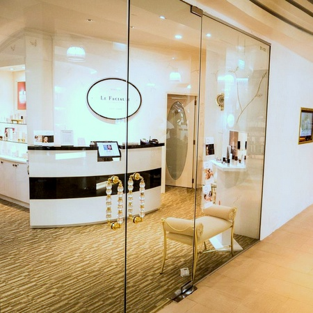 Le Facialle International beauty salon Novena Square 2 Singapore.