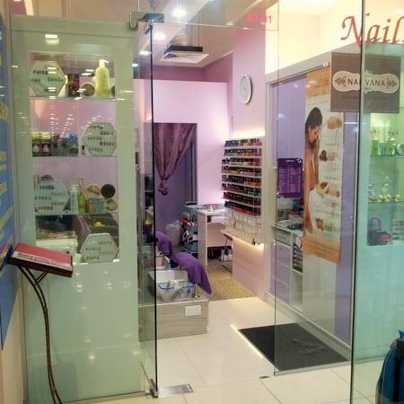 Nailvana nail salon Novena Square 2 Singapore.