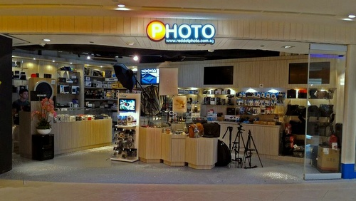 Red Dot Photo camera store Plaza Singapura Singapore.