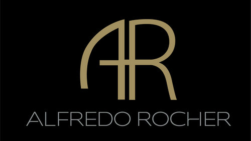 Alfredo Rocher shoe and bag store at The Centrepoint shopping centre in Singapore.