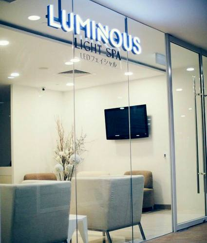 Luminous Light Spa at The Centrepoint mall in Singapore.