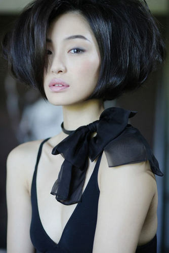 kimrobinson hair style, available in Singapore.