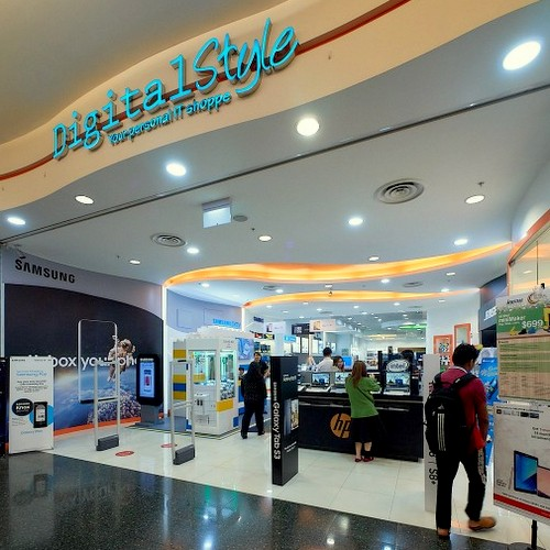 Digital Style electronics store at Jurong Point mall in Singapore.