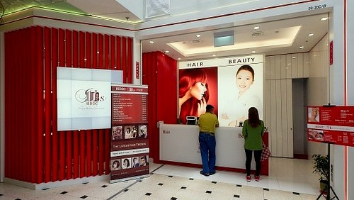 ISDOC hair & beauty salon at Jurong Point shopping centre in Singapore.