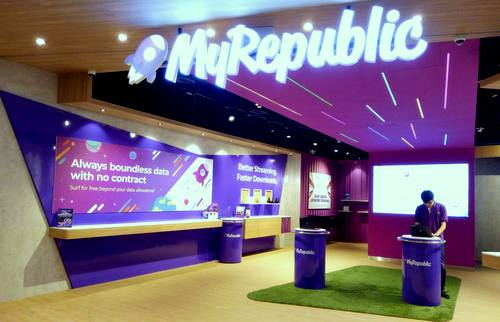 MyRepublic store at VivoCity mall in Singapore.