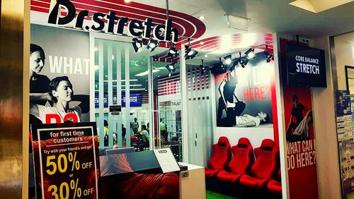 Dr. Stretch centre in Singapore.