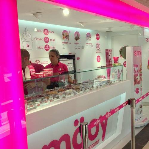 smöoy frozen yogurt shop at OUE Downtown Gallery mall in Singapore.