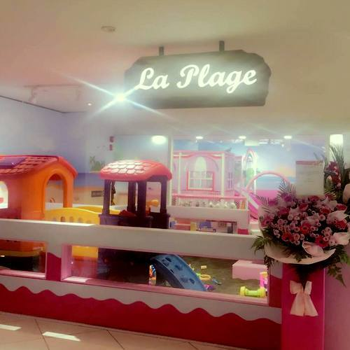 La Plage indoor playground at Suntec City mall in Singapore.