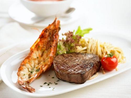 Hot Tomato Grill & Cafe steak Singapore