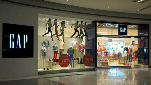 Gap store Suntec City Singapore.