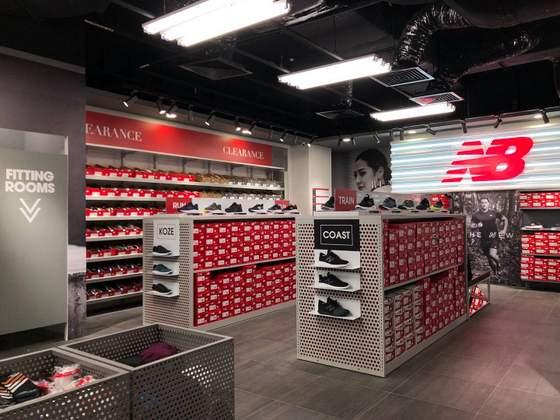 new balance shoe shop near me