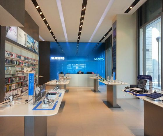 Samsung Experience Stores Singapore - Outlet at Westgate.