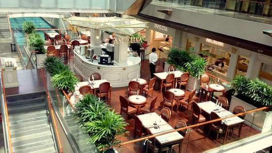 Angelina outlet in Singapore - Marina Bay Sands.