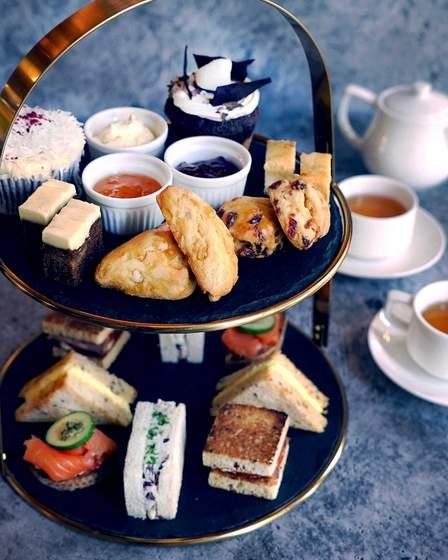 Weekend Afternoon Tea Set.