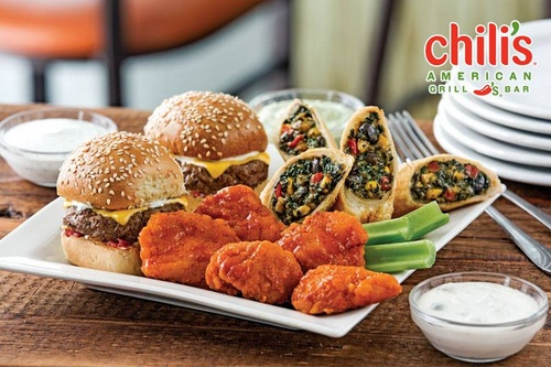 Chili's American Bar & Grill restaurant's Triple Dipper meal Singapore.