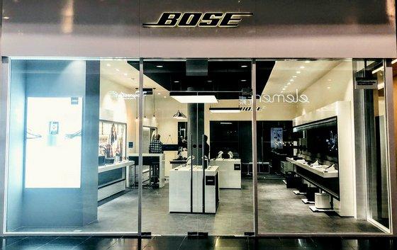 Bose Store Singapore - Millennia Walk.