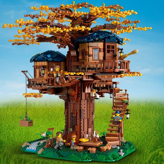 LEGO Ideas 21318 Tree House.