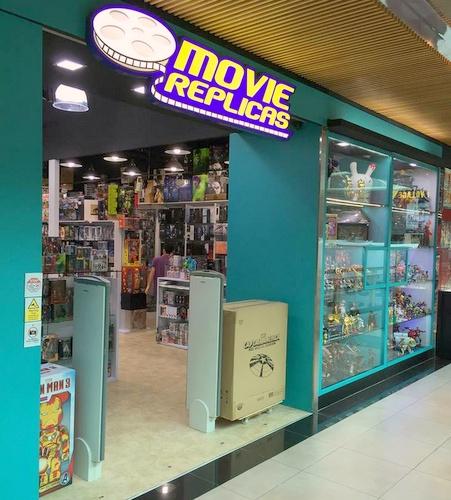 Movie Replicas - Movie Memorabilia in Singapore - Plaza Singapura.