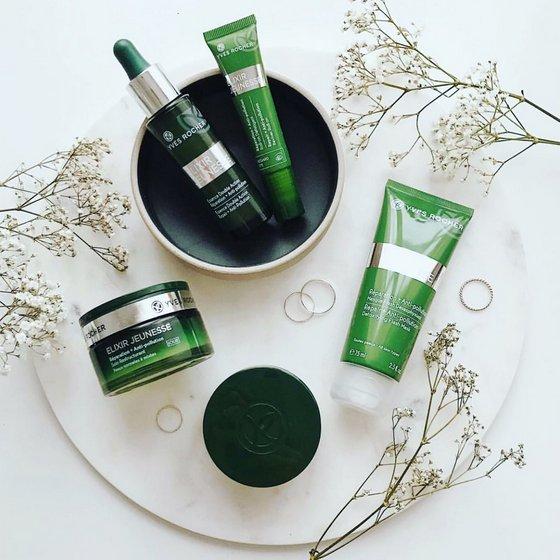 Yves Rocher Elixir Jeunesse Skincare Collection.