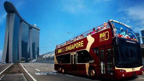 Big Bus Tours - Hop On Hop Off Bus in Singapore.