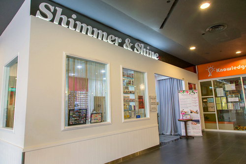 Shimmer & Shine - Nail Art in Singapore.