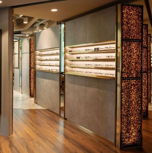 O+ Eyewear shop at Mandarin Gallery mall in Singapore.