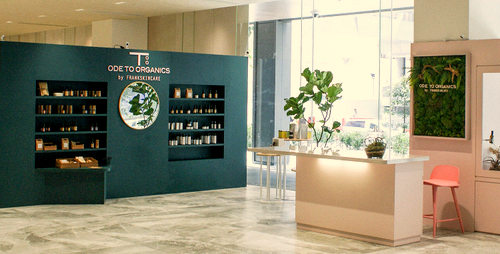 Ode To Organics By FrankSkincare shop at OUE Downtown Gallery in Singapore.