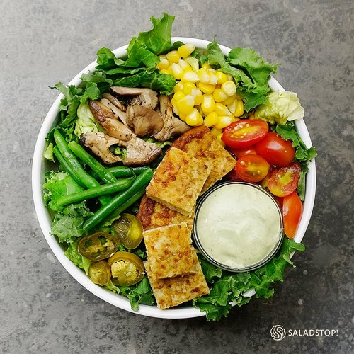 SaladStop! Caulifornian Salad Bowl, available in Singapore.