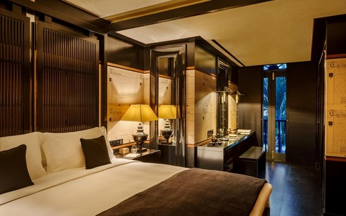 Six Senses Duxton hotel's Montgomerie suite bedroom in Singapore.