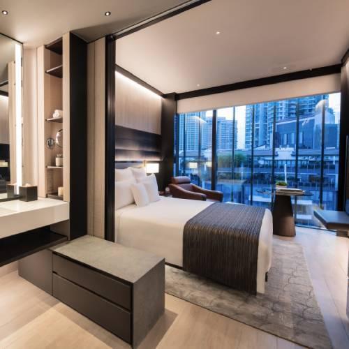 Club InterContinental Studio guestroom in Singapore.