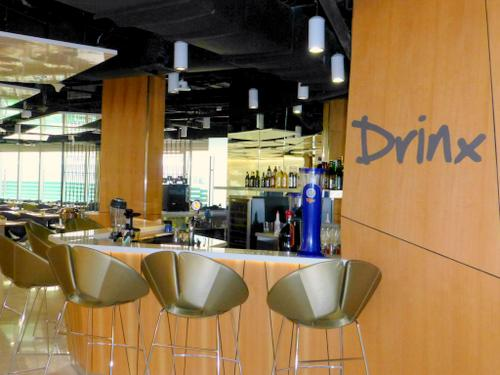 Drinx lobby bar at Capri by Fraser Changi City Singapore.