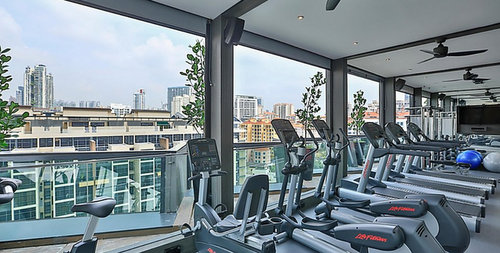 Fitness centre at Holiday Inn Express Singapore Clarke Quay hotel.