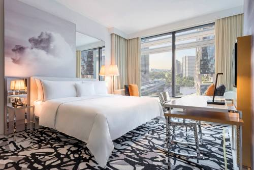 Guest room at JW Marriott Hotel Singapore South Beach.
