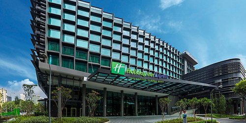 Holiday Inn Express Singapore Clarke Quay hotel.