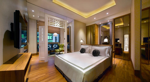 Hotel Fort Canning guestroom in Singapore.