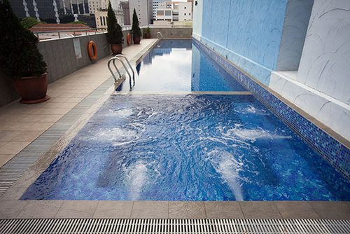 Pool at Hotel Royal @ Queens Sintapore.