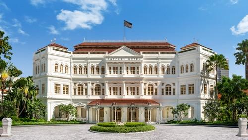Raffles Singapore hotel.
