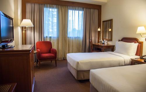 Superior room at The Elizabeth Hotel Singapore.